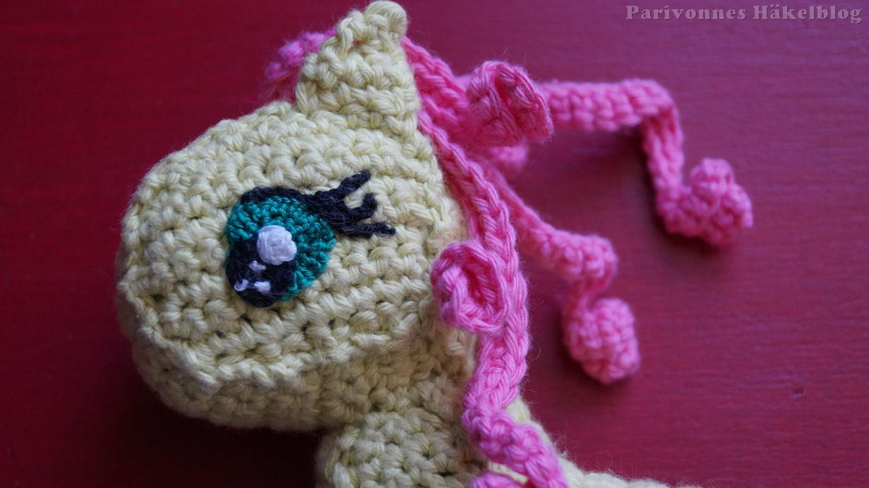 Süße Augen für Pony häkeln | Parivonnes Häkelblog